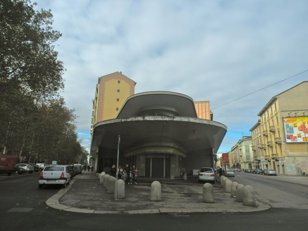 ©EritreaLive, Milano, Stazione di Servizio Piazzale Accursio